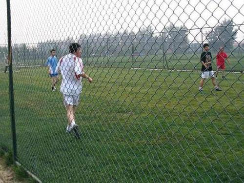 足球场围网 (3)