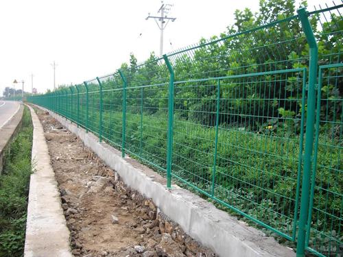 公路护栏 (2)